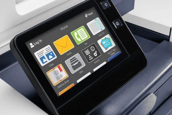 Imagen del producto impresora XEROX VersaLink C7030VS panel de control.